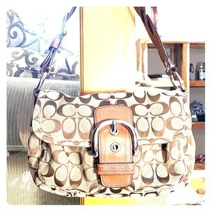 💕 Coach brown tan jacquard medium hobo bag 💕